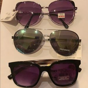 Lot of 3 woman's sunglasses by sears @G2